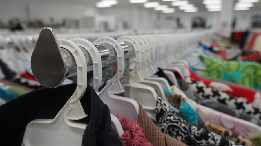 Why YOU Should Go Thrift Shopping!